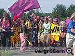 AktivistInnen der ClownsArmee bei der Bombodrombesetzung am 1.6.2007